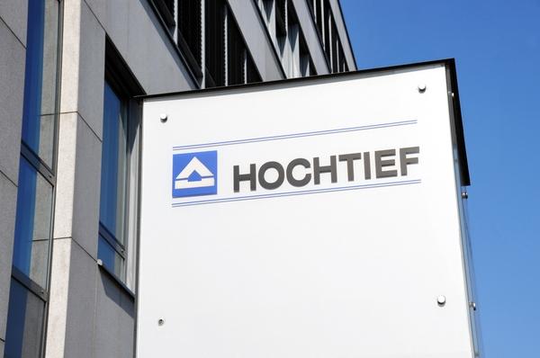 Wie aus der bereits veröffentlichten Pressemitteilung der Hochtief AG zu entnehmen war, beabsichtigt das Unternehmen für das Geschäftsjahr 2020 eine Dividende von 3,93 Euro (VJ 5,80 Euro) pro Aktie auszuschütten.