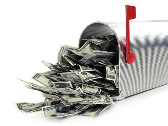 3.000 Euro auf der hohen Kante? Diese 3 Tech-Dividenden-Aktien könnten ein Vermögen bringen